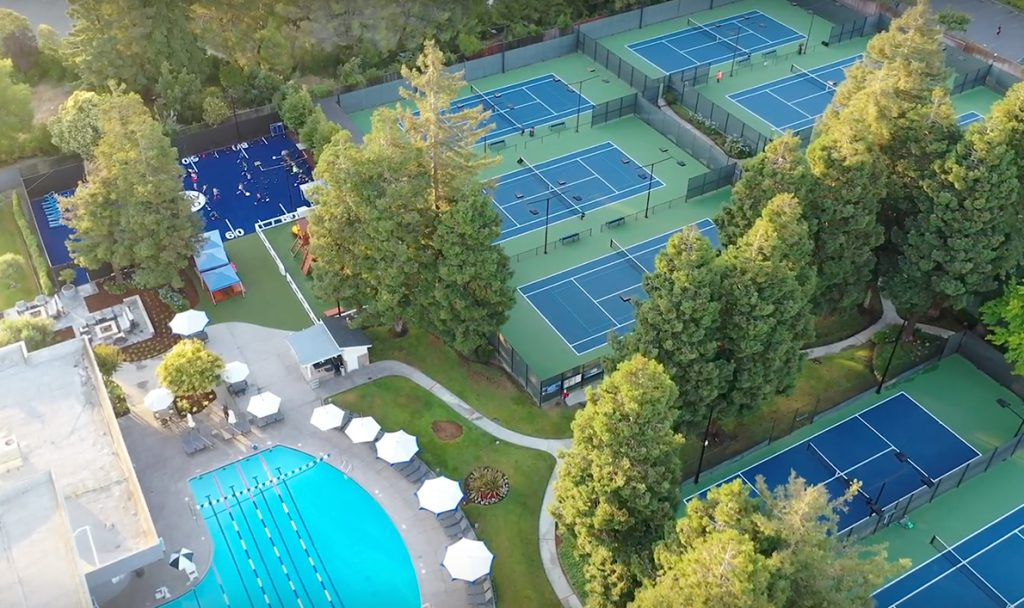 Family pool, turf. and tennis courts Family pool, turf. and tennis courts