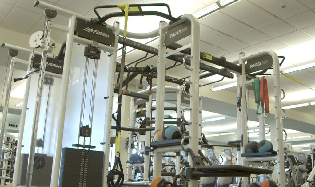Fitness floor machines